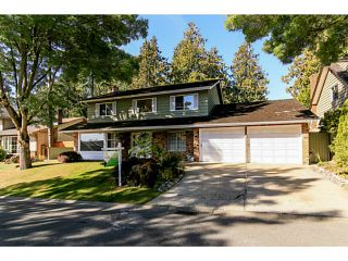 """Photo 1: 743 KINGFISHER Place in Tsawwassen: Tsawwassen East House for sale in """"FOREST BY THE BAY"""" : MLS®# V1094511"""