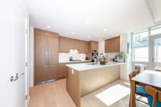 """Photo 13: 401 4988 CAMBIE Street in Vancouver: Cambie Condo for sale in """"HAWTHORNE"""" (Vancouver West)  : MLS®# R2620766"""