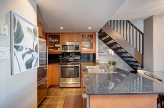 Photo 9: 1105 80 Cumberland Street in Toronto: Annex Condo for lease (Toronto C02)  : MLS®# C4832833