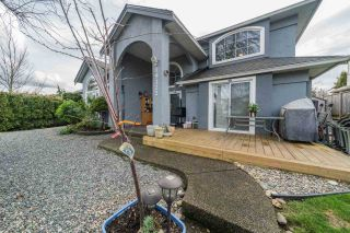 Photo 3: 19122 64 Avenue in Surrey: Cloverdale BC House for sale (Cloverdale)  : MLS®# R2552398