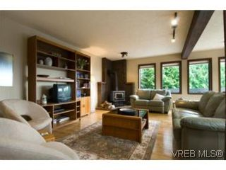 Photo 11: LUXURY REAL ESTATE FOR SALE IN DEAN PARK NORTH SAANICH, B.C. CANADA SOLD With Ann Watley