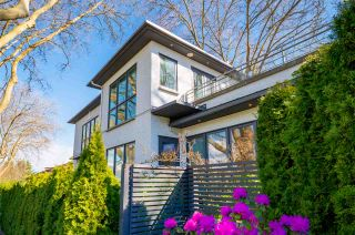 Photo 3: 3998 W 8TH Avenue in Vancouver: Point Grey House for sale (Vancouver West)  : MLS®# R2565540