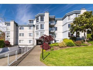 """Photo 32: 307 15941 MARINE Drive: White Rock Condo for sale in """"THE HERITAGE"""" (South Surrey White Rock)  : MLS®# R2408083"""