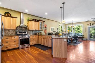 Photo 9: 2415 Waverly Drive, in Blind Bay: House for sale : MLS®# 10238891