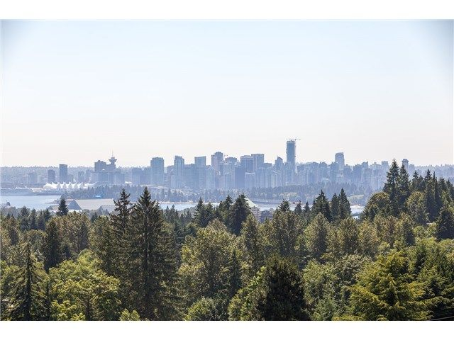 Main Photo: 730 Parkside Rd in West Vancouver: British Properties House for sale : MLS®# V1131833