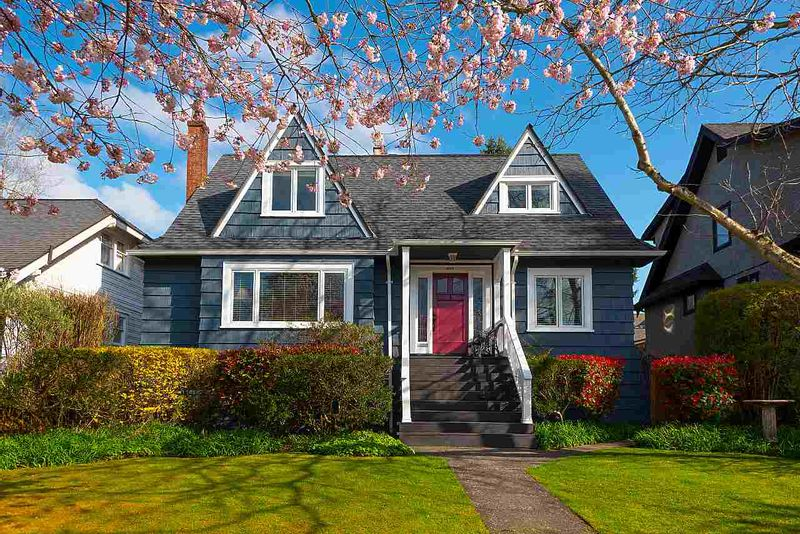 FEATURED LISTING: 3435 38TH Avenue West Vancouver