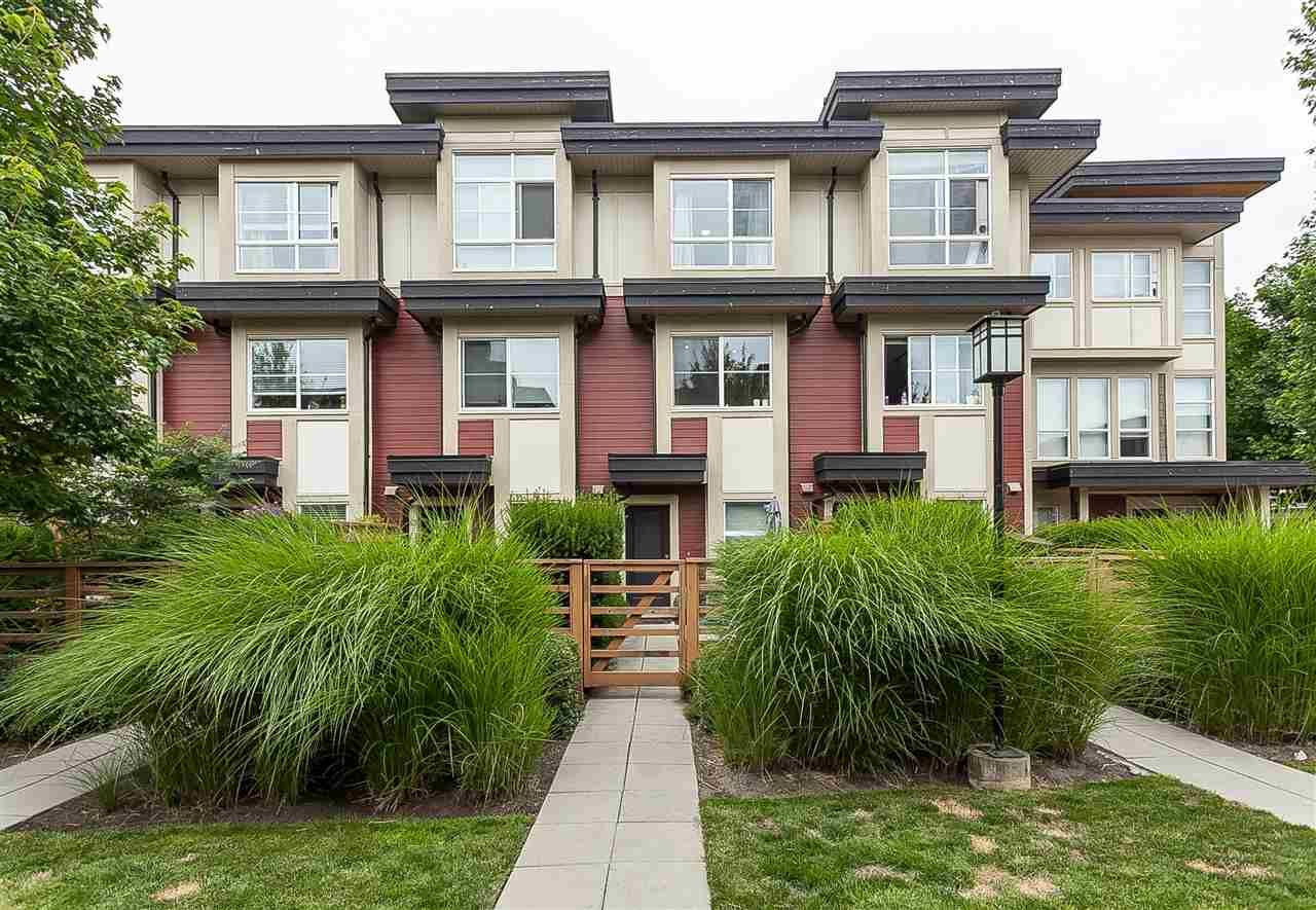 """Main Photo: 64 19477 72A Avenue in Surrey: Clayton Townhouse for sale in """"Sun at 72"""" (Cloverdale)  : MLS®# R2386075"""