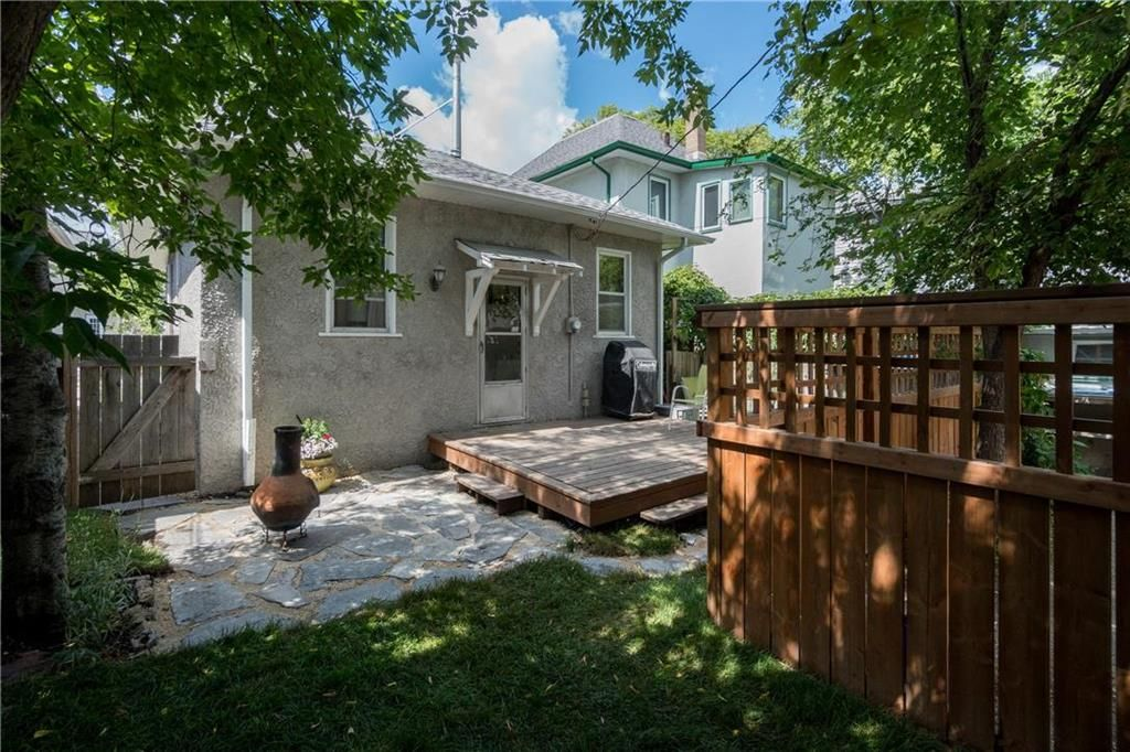 Photo 32: Photos: 299 Lipton Street in Winnipeg: Residential for sale (5C)  : MLS®# 202019088