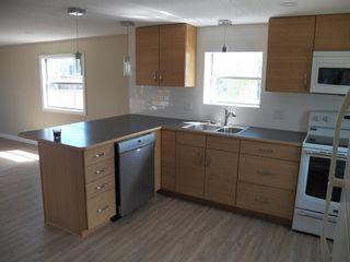 Photo 4: 257 LEE_RIDGE Road NW in Edmonton: Zone 29 House for sale : MLS®# E4248957
