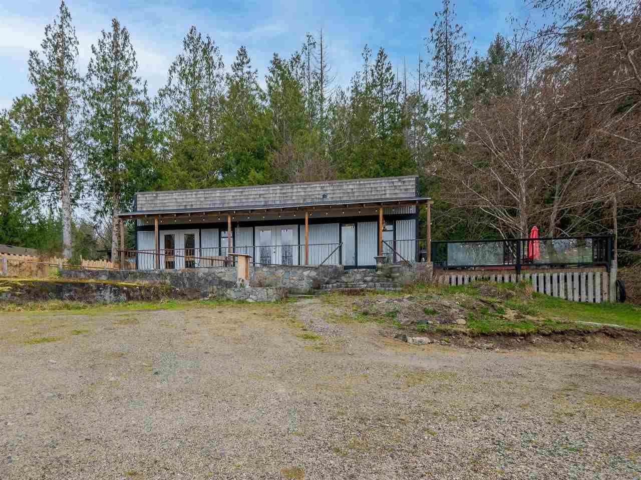Main Photo: 4591 4581 FRANCIS PENINSULA Road in Sechelt: Pender Harbour Egmont House for sale (Sunshine Coast)  : MLS®# R2555672