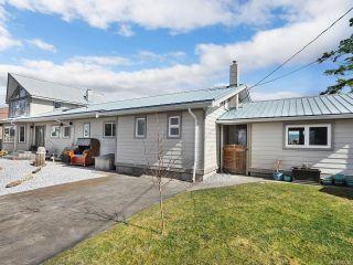 Photo 4: 1954 Singing Sands Rd in COMOX: CV Comox Peninsula House for sale (Comox Valley)  : MLS®# 833326