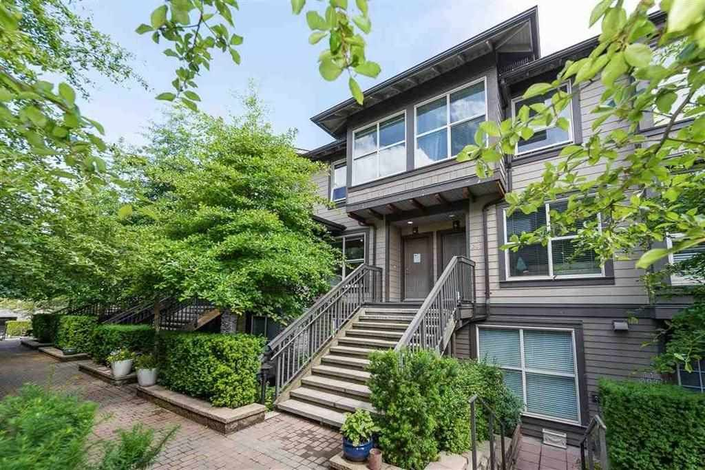 """Photo 1: Photos: 9 307 E 15TH Street in North Vancouver: Central Lonsdale Townhouse for sale in """"AVONDALE"""" : MLS®# R2477092"""