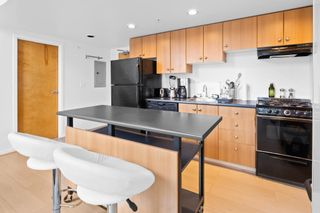 """Photo 7: 420 933 SEYMOUR Street in Vancouver: Downtown VW Condo for sale in """"The Spot"""" (Vancouver West)  : MLS®# R2624826"""