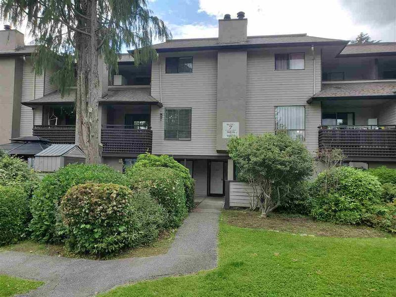 FEATURED LISTING: 14850 HOLLY PARK Lane Surrey