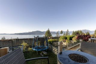 """Photo 6: 428 CROSSCREEK Road: Lions Bay Townhouse for sale in """"Lions Bay"""" (West Vancouver)  : MLS®# R2498583"""