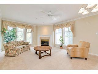 Photo 4: 310 15340 19A AVENUE in Surrey: King George Corridor Condo for sale (South Surrey White Rock)  : MLS®# R2406954