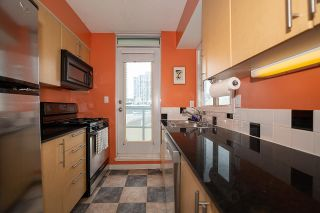 Photo 9: 802 63 KEEFER PLACE in Vancouver: Downtown VW Condo for sale (Vancouver West)  : MLS®# R2593495