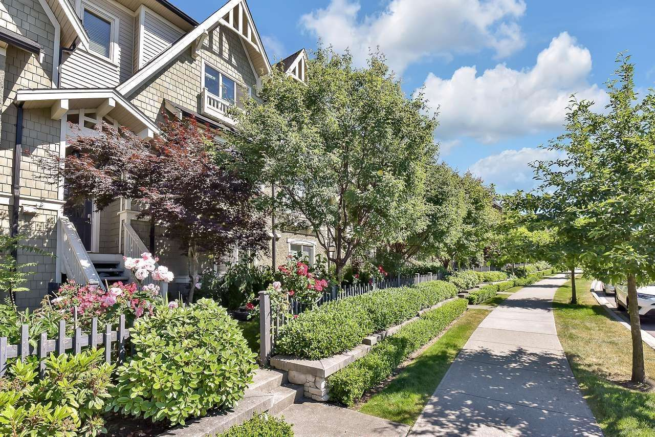 """Main Photo: 13 10595 DELSOM Crescent in Delta: Nordel Townhouse for sale in """"Capella"""" (N. Delta)  : MLS®# R2597842"""