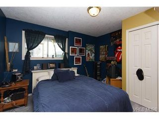 Photo 16: 924 Wendey Dr in VICTORIA: La Walfred House for sale (Langford)  : MLS®# 675974