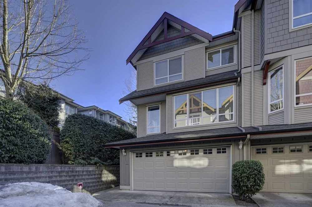 Main Photo: 22 16789 60 AVENUE in Cloverdale: Cloverdale BC Home for sale ()  : MLS®# R2343870