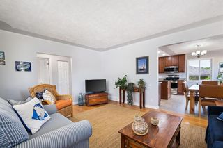 Photo 13: 580 Northmount Drive NW in Calgary: Cambrian Heights Detached for sale : MLS®# A1126069