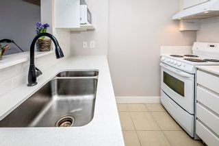 """Photo 4: 806 3455 ASCOT Place in Vancouver: Collingwood VE Condo for sale in """"QUEEN COURT"""" (Vancouver East)  : MLS®# R2445235"""