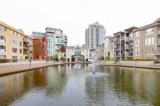 "Photo 1: 214 2 RENAISSANCE Square in New Westminster: Quay Condo for sale in ""The Lido"" : MLS®# R2531419"