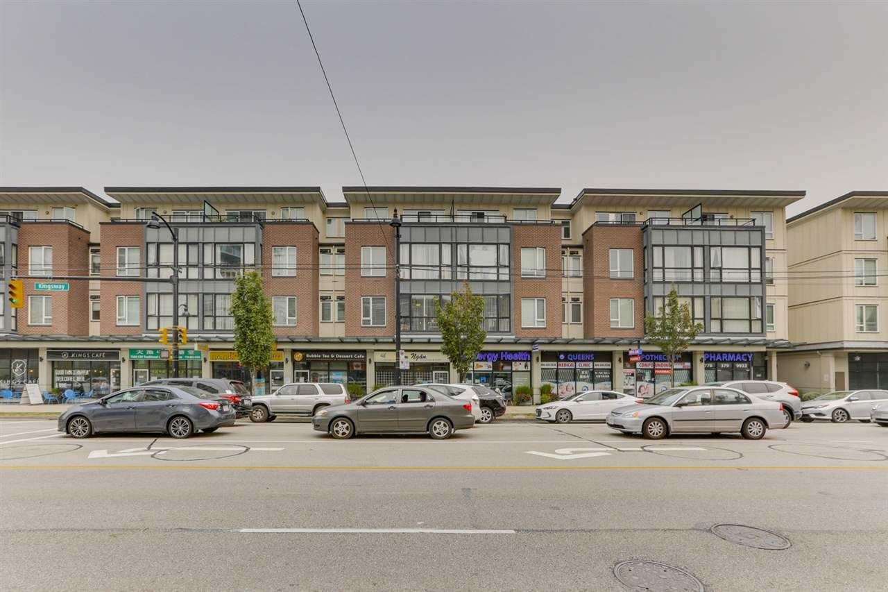 Main Photo: 218 2239 KINGSWAY in : Victoria VE Condo for sale : MLS®# R2513083