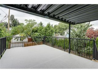"""Photo 10: 2116 E 19TH Avenue in Vancouver: Grandview VE House for sale in """"TROUT LAKE"""" (Vancouver East)  : MLS®# V1088233"""