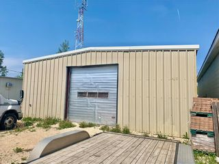 Photo 2: 433 1st Avenue Southeast in Dauphin: Industrial / Commercial / Investment for sale (R30 - Dauphin and Area)  : MLS®# 202113996