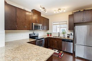 Photo 13: 1078 GAULT Boulevard in Edmonton: Zone 27 Townhouse for sale : MLS®# E4235265