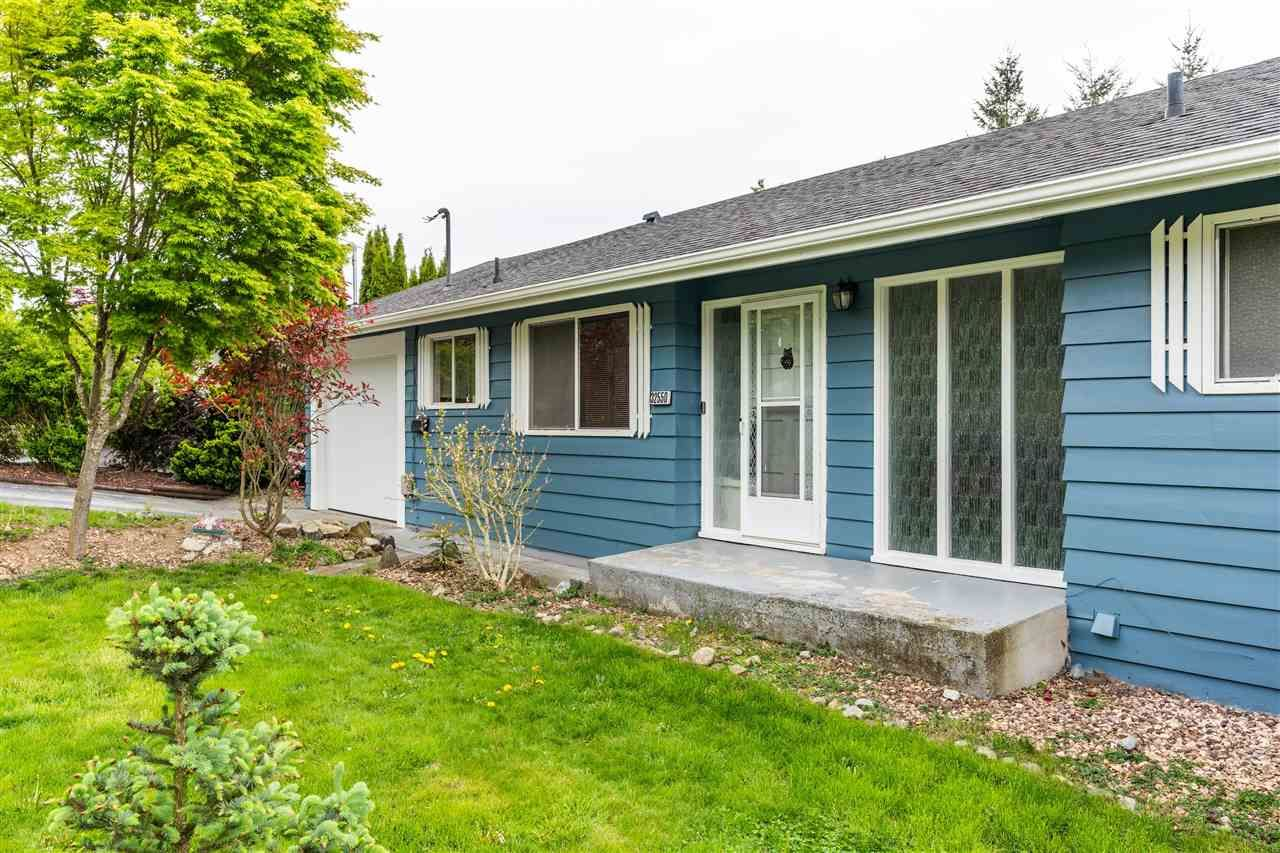 Main Photo: 32550 FLEMING Avenue in Mission: Mission BC House for sale : MLS®# R2589074