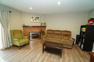 Photo 3: 36 6111 TIFFANY BOULEVARD in Richmond: Riverdale RI Townhouse for sale : MLS®# R2407749