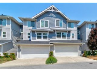 """Photo 2: 28 15717 MOUNTAIN VIEW Drive in Surrey: Grandview Surrey Townhouse for sale in """"Olivia"""" (South Surrey White Rock)  : MLS®# R2600355"""