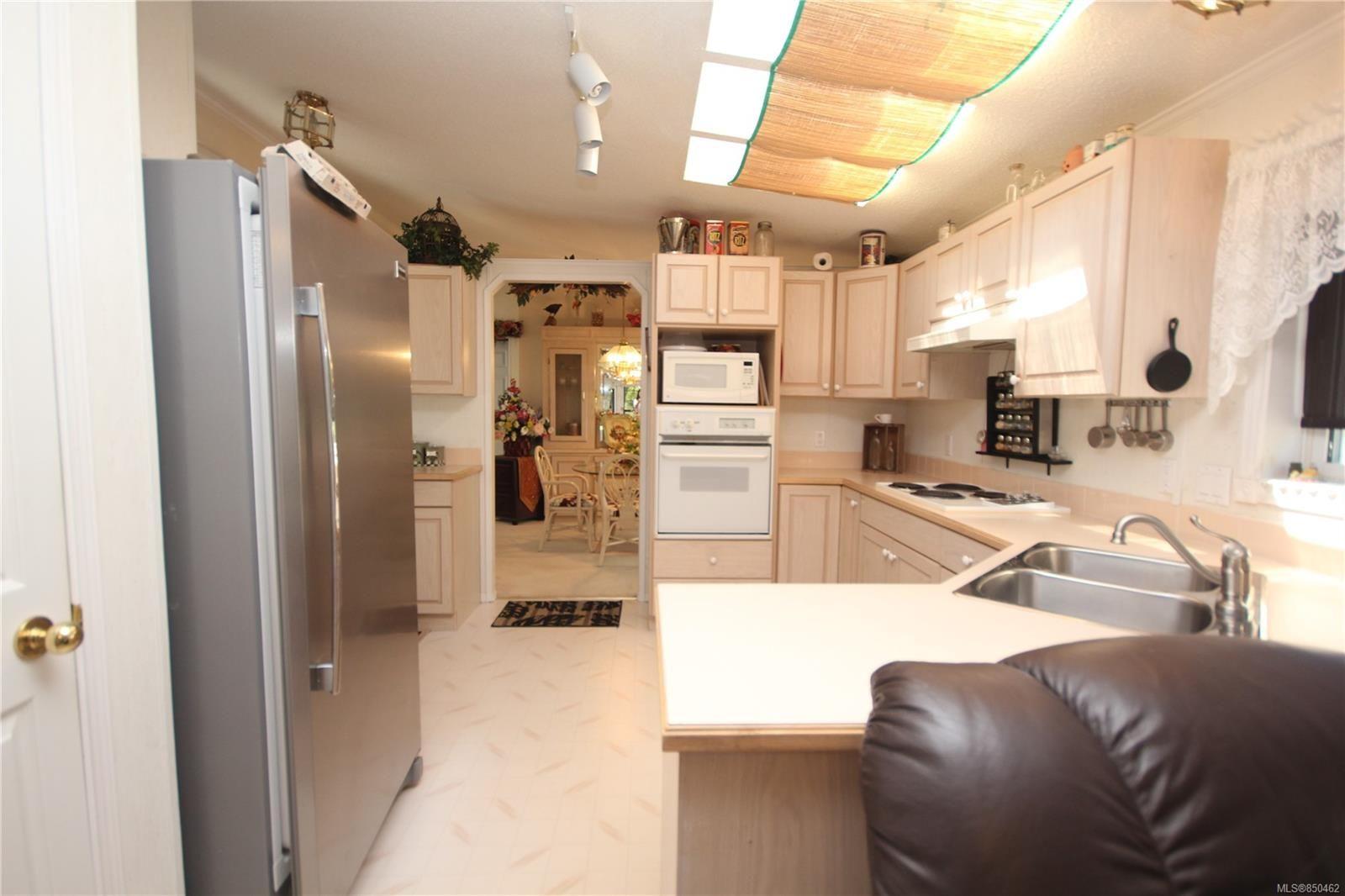 Photo 10: Photos: 31 2357 Sooke River Rd in : Sk Sooke River Manufactured Home for sale (Sooke)  : MLS®# 850462