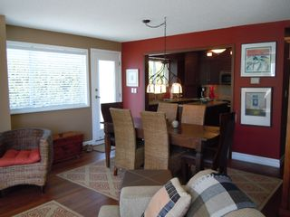 "Photo 5: 15367 Buena Vista Avenue Avenue in White Rock: Condo for sale in ""The ""PALMS"""""
