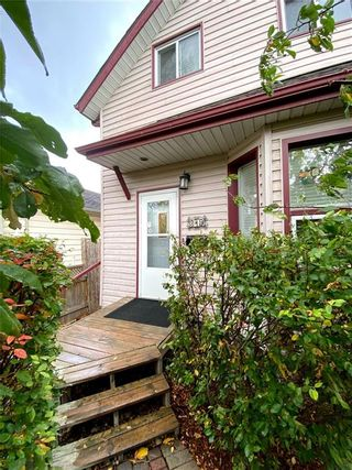 Photo 3: 319 Berry Street in Winnipeg: St James Residential for sale (5E)  : MLS®# 202025032