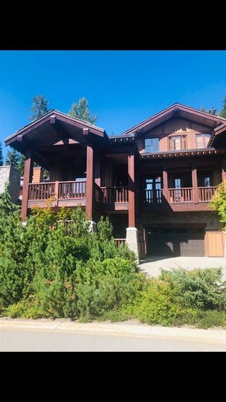"""Photo 2: 18G 2300 NORDIC Drive in Whistler: Nordic Townhouse for sale in """"At Nature's Door"""" : MLS®# R2531434"""