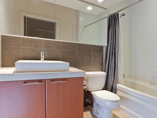 """Photo 6: Photos: 710 1333 W GEORGIA Street in Vancouver: Coal Harbour Condo for sale in """"THE QUBE"""" (Vancouver West)  : MLS®# R2420548"""