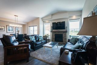 Photo 6: 201 Ravensden Drive in Winnipeg: River Park South Residential for sale (2F)  : MLS®# 202022749