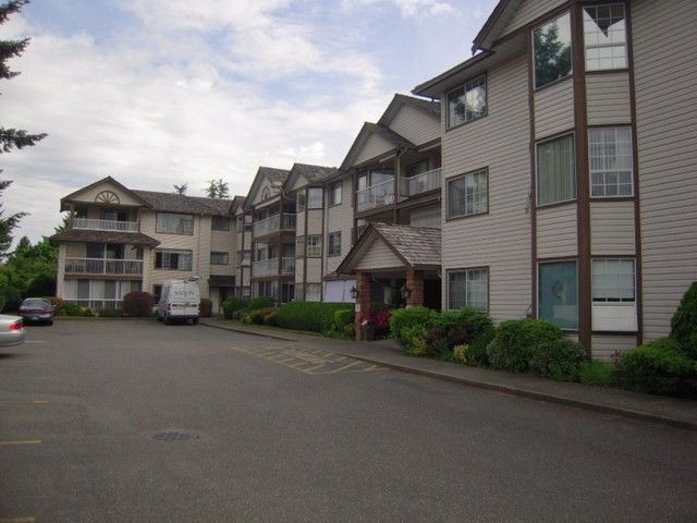 "Main Photo: 310 32145 OLD YALE Road in Abbotsford: Abbotsford West Condo for sale in ""Cypress Park"" : MLS®# F1400189"
