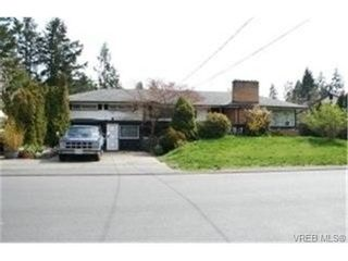 Photo 1:  in VICTORIA: La Thetis Heights House for sale (Langford)  : MLS®# 464019