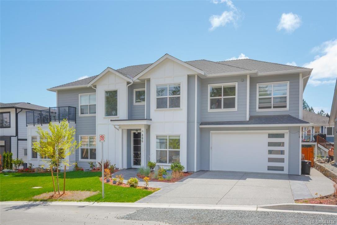 Main Photo: 806 Albatross Pl in Langford: La Bear Mountain House for sale : MLS®# 843434