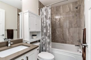 """Photo 12: 19 6588 195A Street in Surrey: Cloverdale BC Townhouse for sale in """"ZEN"""" (Cloverdale)  : MLS®# R2436457"""