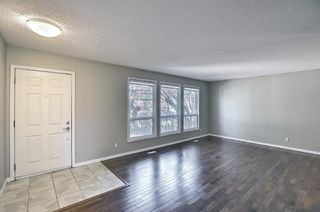 Photo 6: 136 Brabourne Road SW in Calgary: Braeside Detached for sale : MLS®# A1097410