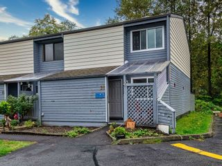 Main Photo: 16 38455 WILSON Crescent in Squamish: Dentville Townhouse for sale : MLS®# R2619944