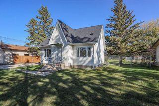 Photo 3: 37 Miramar Road in Winnipeg: Charleswood Residential for sale (1G)  : MLS®# 202124309