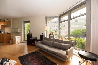"""Photo 6: 201 2965 FIR Street in Vancouver: Fairview VW Condo for sale in """"Crystle Court"""" (Vancouver West)  : MLS®# R2582689"""