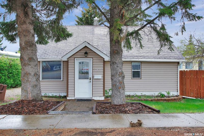 FEATURED LISTING: 365 Keats Street Southey