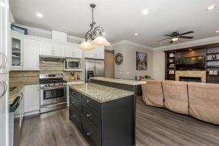 """Photo 6: 7333 194 Street in Surrey: Clayton House for sale in """"Clayton"""" (Cloverdale)  : MLS®# R2173578"""